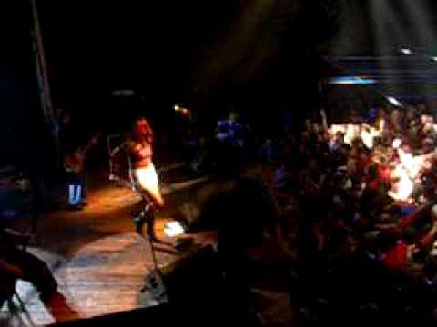Tracktor Bowling - Intro. Концерт 13.02.04
