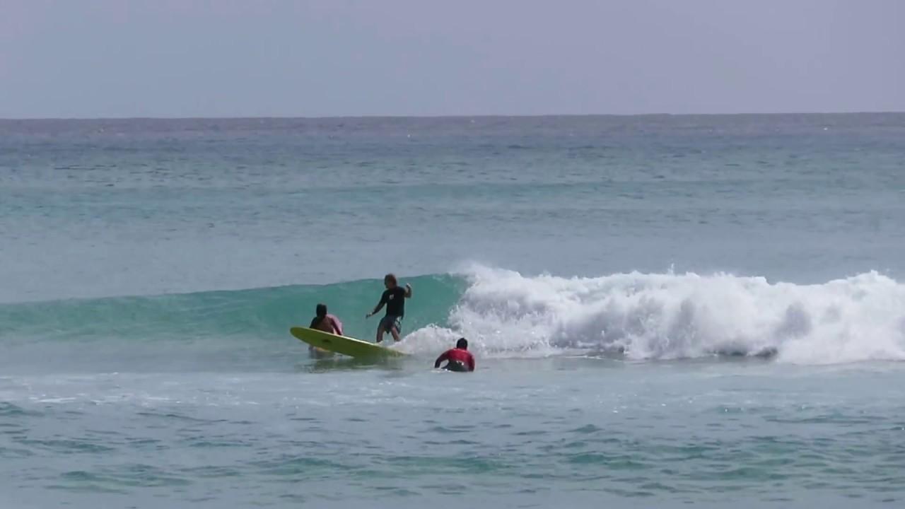 waikiki beach surfer surfing hawaii oahu honolulu 20160907 1430