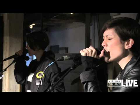 Tegan And Sara Acoustic-Showcase (Best-Of)