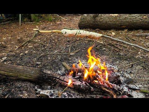 Bushcraft Wildcamp - Foraging, Wild Garlic, Primitive, Stick Bread