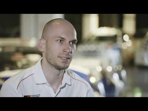 Behind the Scenes of a Racing Simulator