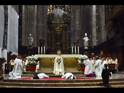 9 novembre 2019 In Duomo l'ordinazione di 2 Diaconi permanenti - omelia di mons. Delpini