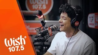 "Jericho Rosales performs ""Hardin"" LIVE on Wish 107.5 Bus"