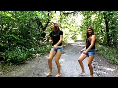 despacito forest road sexy ladies dance in hot panties