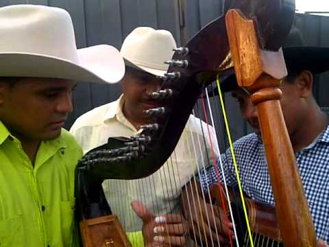 WILMER TOVAR - RAFAEL GARRIDO - AMANECER LLANERO