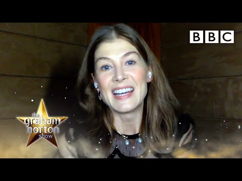 Rosamund Pike's RUDE Mandarin lessons! | The Graham Norton Show - BBC