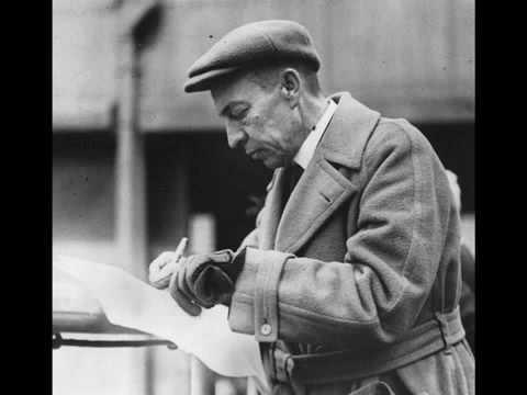 sergei rachmaninoff plays his piano concerto no 2