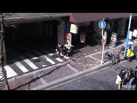 地震発生時 横浜駅前付近