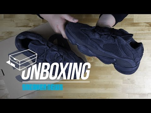 "video Yeezy 500 ""Utility Black"""