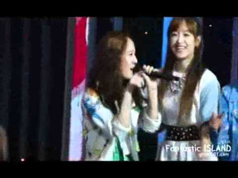 F(x) Krystal singing Amber's Rap in Danger [Kryber].wmv
