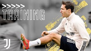 💪? Power and Finesse Shooting Drills! | Friday Training at the JTC | Juventus