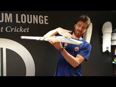 Gray-Nicolls Shockwave 4 Star Cricket Bat