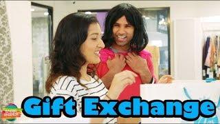 Gift Exchange | Rahim Pardesi | Desi Tv