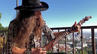 """UNBOXING of Irish Hurley Stick """"Crazy Horse"""" Guitar 