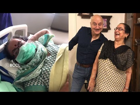 Bollywood actor Anupam Kher shares video of mother leaving hospital after Corona treatment