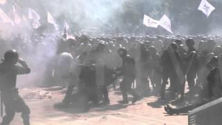 Опубліковано нове відео вибуху біля Верховної Ради