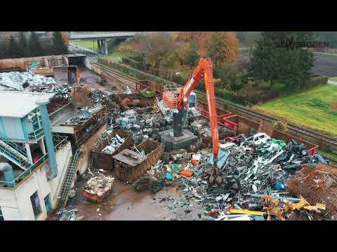 SENNEBOGEN 835 E Electro - Stationary Scrap Handling at Carnuth KG, Germany