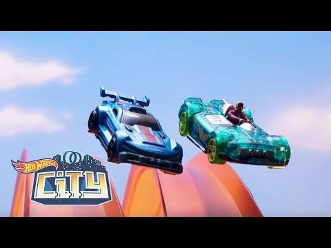 Chase and Elliot Epic Stunts | Hot Wheels City | Hot Wheels