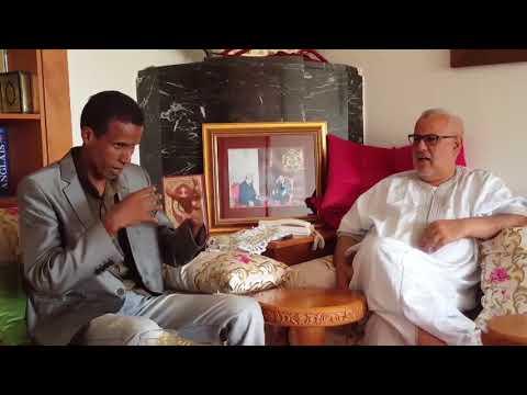 جلسة مرحة بين بنكيران والكوميدي الشرقاوي مقلد بنكيران