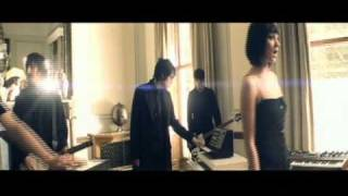 Ladytron - Sugar [Official Music Video]