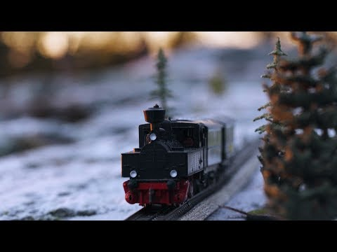 Jaakko Laitinen & Väärä Raha - I tåget finns en restaurangvagn