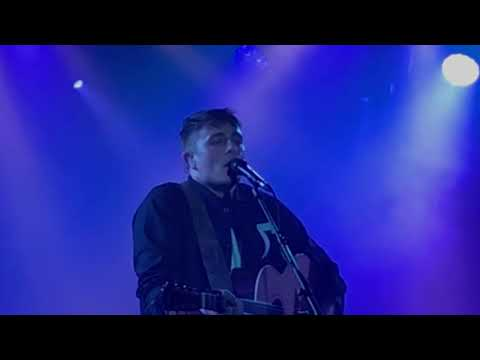 Dermot kennedy Young & Free paradiso noord
