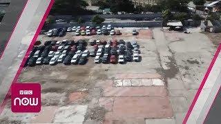 Bãi giữ xe trái phép không ai dám... động vào | VTC Now