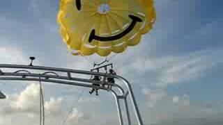 Despegando en parasailing