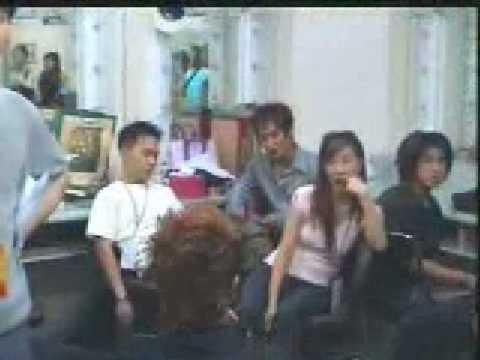 Shinhwa backstage in China - with Yunho!