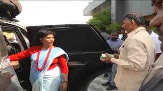 SMT Sangeetha Sridhar Bharath Yatra Vehicle Explain to AP CM Chandrababu ll  NEWS 6