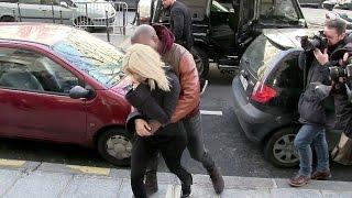 Kim Kardashian and Kanye West IN LOVE in Paris !!!