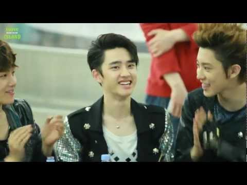 120525 EXO Fansign at HOTTRACKS - D.O so cute!! [suave-do]
