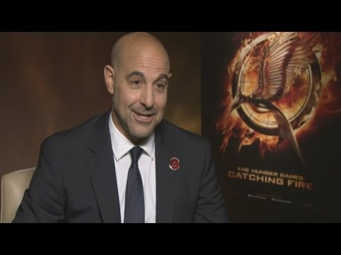 Stanley Tucci Catching Fire interview: Stanley on fake tan, awkward ...