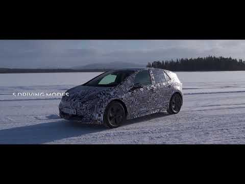 The first electric CUPRA, at -30ºC