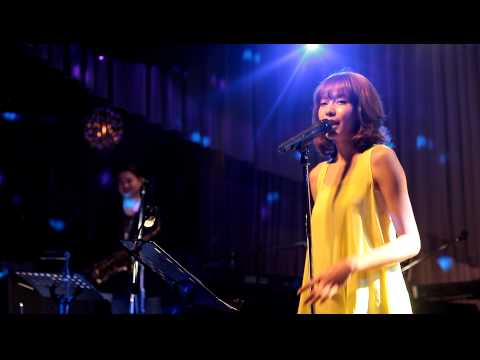 Olivia Ong 如燕 in Brown Sugar