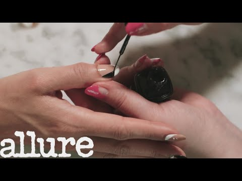 """""""Woman Power"""" Nail Art Is the Perfect Manicure for Feminists 