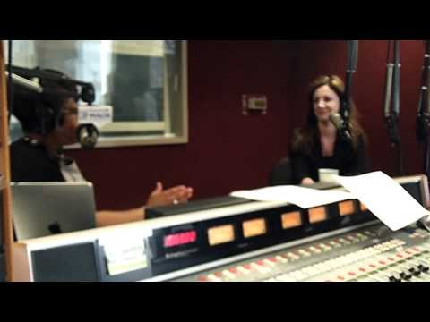 MO Interviews Kat Cole, President of Cinnabon 0508 - YouTube