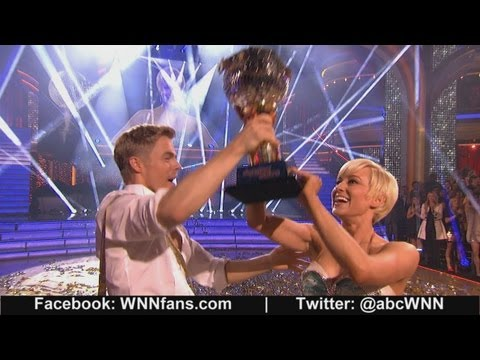 Kellie Pickler Wins 'Dancing With The Stars' Mirror Ball Trophy ...
