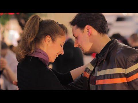 Argentine tango flash mob, Budapest (tango flashmob a la