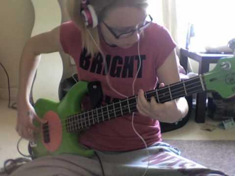 Baixar Dani California - RHCP [Bass Cover]