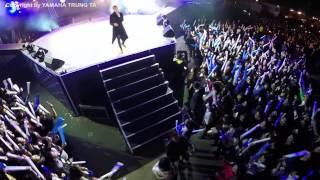 Sơn Tùng M-TP hát live Chắc ai đó sẽ về quay bằng Flycam cực đẹp đầu tiên tại Việt Nam ▶