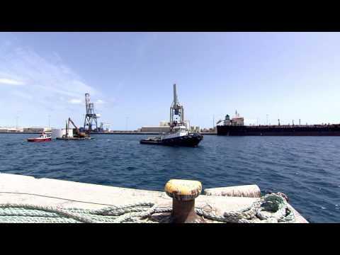 Cajones de composite en el Puerto del Rosario, Fuerteventura