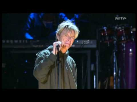 Baixar David Bowie - Live - Heroes- at Hurricane Festival (2004)-720.mpg