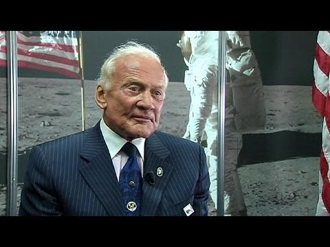 Buzz Aldrin's mission to Mars - YouTube