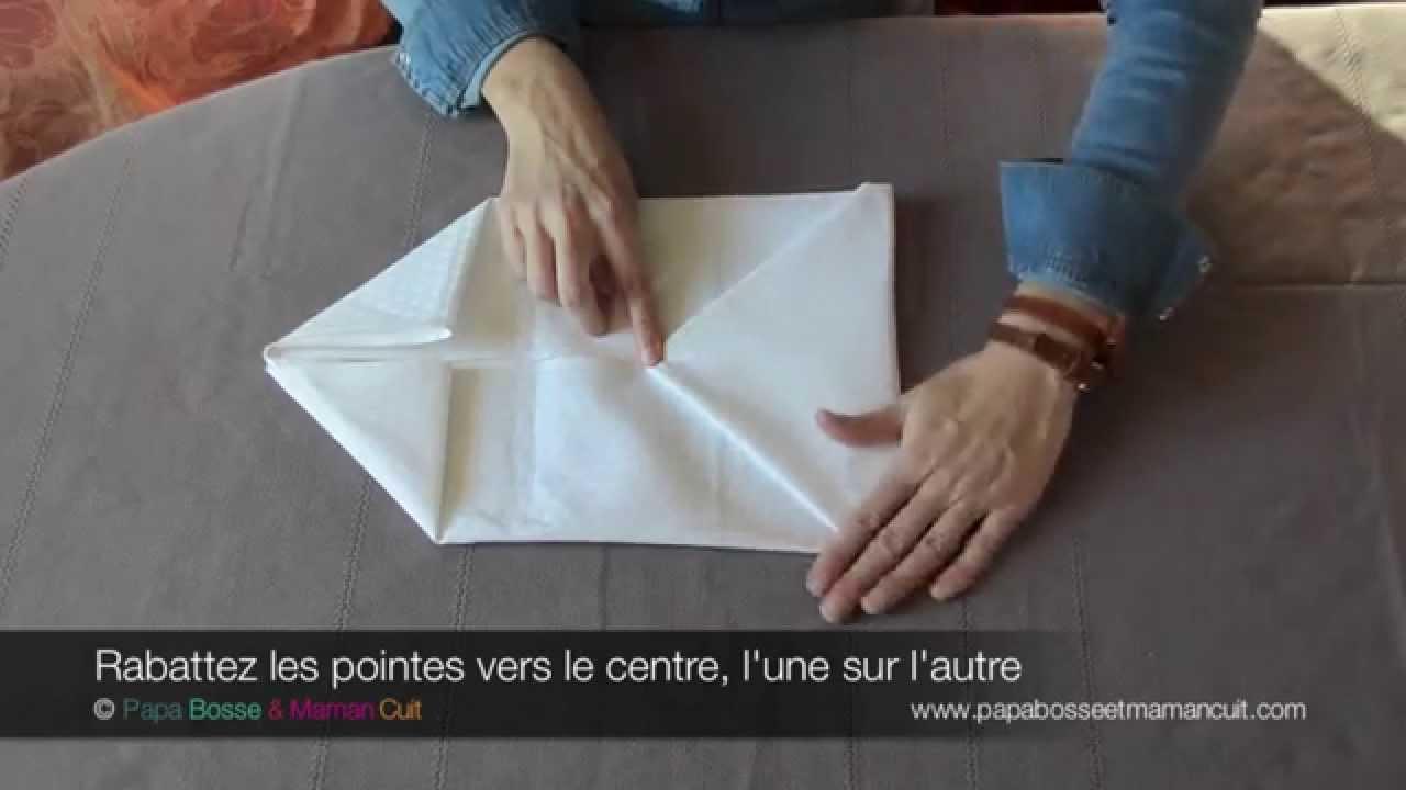 pliage serviettes le pliage de serviette en pochette. Black Bedroom Furniture Sets. Home Design Ideas