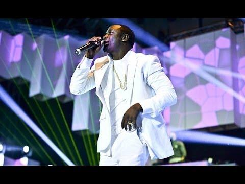 Baixar Akon Live in Dubai 2013
