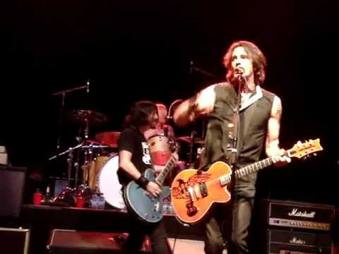 Rick Springfield & Foo Fighters - Jessie's Girl - 1.31.13