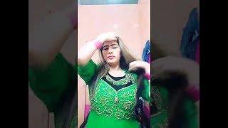 Actress Sheza Butt Live Talking With Friends Sheza Butt HD Mujra Dancer New Video