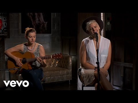 Betty Who - Somebody Loves You – Vevo dscvr (Live)