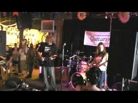 Danny Jones Band - Devil Went Down to Georgia - Clip